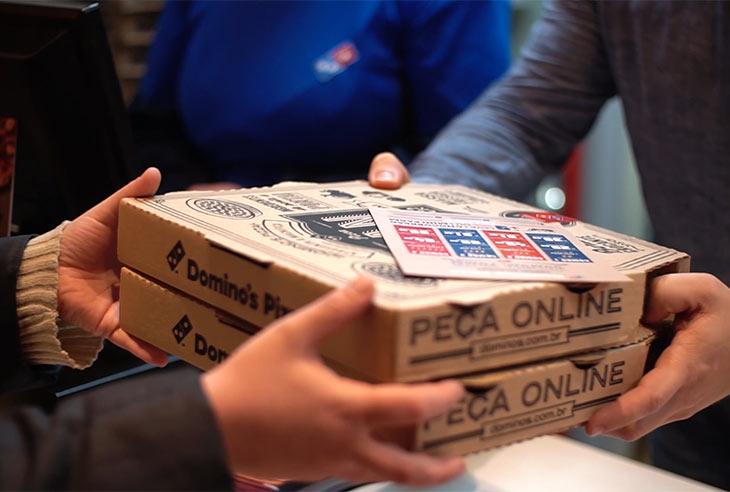 Franquia Domino's Pizza adquira uma