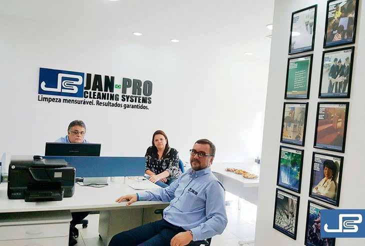 Quero comprar uma Franquia Jan-Pro