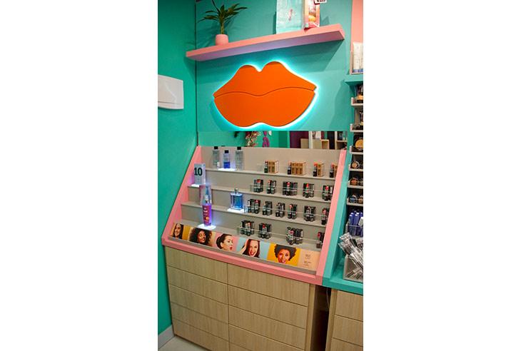 Franquia Yes! Cosmetics ter uma